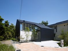 Image 6 of 19 from gallery of 47% House / Kochi Architect's Studio. Photograph by Daichi Ano