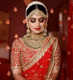 One needs to be sure of how they want to look on their biggest day before choosing your bridal look. Here are the list of top 51 Indian bridal makeup looks. Indian Wedding Makeup, Indian Bridal Outfits, Indian Bridal Fashion, Indian Bridal Lehenga, Indian Wedding Jewelry, Bridal Dresses, Bridal Jewellery, Indian Makeup, Silver Jewellery