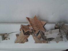 Stjerner i træ Firewood, Texture, Crafts, Surface Finish, Woodburning, Manualidades, Handmade Crafts, Craft, Arts And Crafts