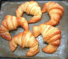 Croissants recien hechos, en Forn Pastisseria París