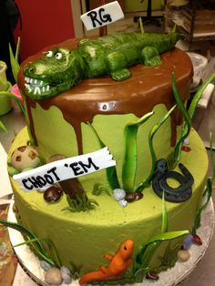 Alligator and swamp birthday cake by CAKE All Things Yummy in Kernersville, NC Alligator Birthday Parties, Alligator Party, 9th Birthday, Birthday Ideas, Aligator Cake, Crocodile Cake, Crocodile Party, Swamp Party, Swamp Theme