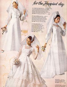 1960s Wedding Dresses, 1970s Wedding, Vintage Wedding Photos, Wedding Dresses Photos, Vintage Bridal, Bridal Wedding Dresses, Designer Wedding Dresses, Bridal Style, Vintage Weddings