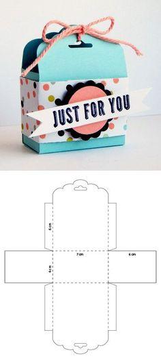 Packaging design Brown Things a light brown color Diy Gift Box, Diy Gifts, Diy Origami Box, Scrapbook Box, Paper Box Template, Box Patterns, Diy Crafts Hacks, Diy Birthday, Box Design