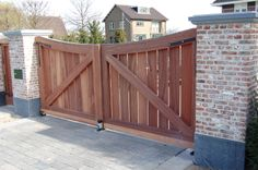 Geautomatiseerde dubbele poort
