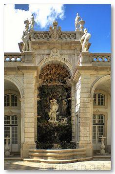 Fonte nos jardins do Palácio de Belém