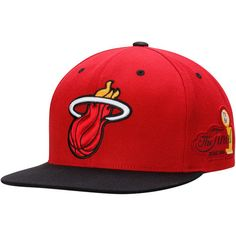 detailed look 66732 7d99a Mitchell   Ness Miami Heat Red Black 2006 Commemorative Championship  Snapback Adjustable Hat Heat Fan