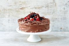 Here's how to make the best ever classic chocolate cake, step by step.