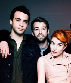 SEE PARAMORE LIVE!!!!!!!!!!!