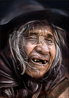 Faces, portrait, portrait, missing teeth, aged, worn out, have lived, face, strong, powerful, intense, wrinckled, photograph, photo