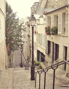 Paris Photo  Montmartre
