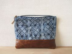 Fold Over Clutch Bag Vintage Batik Fabric door ImprintsandIndigo