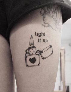 33 Bold Illustrations Blackwork Tattoos - Page 10 of 33 - Ninja Cosmico Mini Tattoos, Body Art Tattoos, Small Tattoos, Sleeve Tattoos, Creative Tattoos, Unique Tattoos, Cool Tattoos, Tatoos, Grunge Tattoo