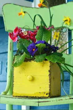 spring front porch, I love this! A little drawer to plant flowers in.