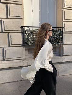 Fashion 2020, Girl Fashion, Bow Blouse, Beautiful Girl Image, Daily Look, Girls Image, Simple Outfits, Autumn Winter Fashion, What To Wear