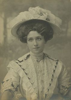 Beautiful Edwardian stage actress, Lucy Weston, in a lovely white lace ensemble.