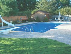 Rectangle pool with slide, diving board and patio. Perfect design and layout for almost and backyard ideas with slide and diving board Above Ground Swimming Pools, In Ground Pools, Backyard Plan, Backyard Pools, Rectangle Pool, Diving Board, Pool Accessories, Pool Fence, Dream Pools