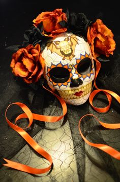 Lady of the Night  Day of the Dead Mask with Veil  por HikariDesign
