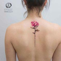 Spring on the skin: You will love these delicate flower tattoos - Frühling auf der Haut: Diese zarten Blumen-Tattoos wirst du lieben! Spring on the skin: You will love these delicate flower tattoos! Girly Tattoos, Disney Tattoos, Trendy Tattoos, Body Art Tattoos, New Tattoos, Small Tattoos, Sleeve Tattoos, Tatoos, Mini Tattoos