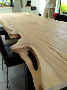Natural edge table with flaws. Resin Furniture, Wooden Furniture, Furniture Making, Furniture Design, Dinning Room Tables, Wooden Dining Tables, Live Edge Wood, Live Edge Table, Slab Table