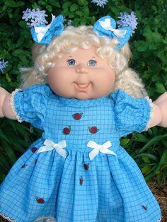 Cabbage Patch Kids Clothes, Cabbage Patch Babies, Barbie Stuff, Doll Stuff, Vintage Dolls, Retro Vintage, Kids Clothes Patterns, Journey Girls, Baby Doll Clothes