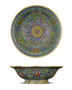 A FINE IMPERIAL SMALL CLOISONNE ENAMEL 'LOTUS' DISH - QIANLONG INCISED SIX-CHARACTER MARK WITHIN DOUBLE RECTANGLES AND OF THE PERIOD (1736-1795)