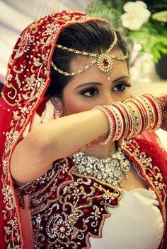 Asian Bridal sari lehengha Nilufa Photography
