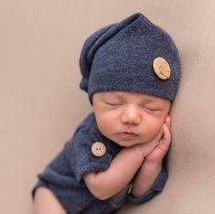 2c4b8d1c9fc Newborn Photography Prop-Short Sleeves Romper and Sleepers hat-Photography  Prop Sets- Boys Clothing-Baby Onesie-Baby Boy Clothing Sets