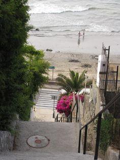 Concon Apartment Rental: Departamento Con 3 Dormitorios Frente Playa Negra Concon   HomeAway 1188usd per week Chile, Hidden Places, Rental Apartments, Ideal Home, Cities, Condo, Explore, Vacation, Holiday
