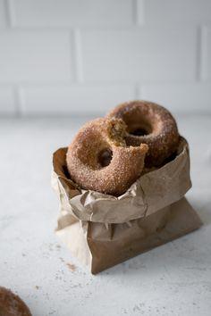 Baked Sour Cream Apple Cider Doughnuts — All Purpose Flour Child Baked Sour Cream Donut Recipe, Baked Donut Recipes, Baked Doughnuts, Apple Recipes, Fall Recipes, Baking Recipes, Apple Cider Donuts, Fall Baking, Baked Apples