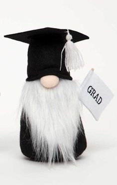 White Beard Graduation Gnome This gnome is has on his graduation cap and gown, cap has a white tassel and he is holding a GRAD banner. This gnome has a white beard and would make a perfect graduation gift! Graduation Cap Tassel, Graduation Cap And Gown, Graduation Celebration, Graduation Gifts, Adornos Halloween, Halloween 6, Halloween Cookies, Crafts To Do, Crafts For Kids