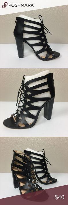 Torrid Womens Knee High Sock Lurex Sparkle Black//White 2 Pack Size 10-13 NEW!