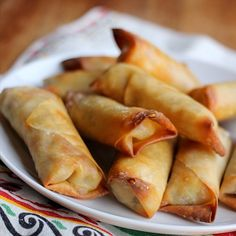 These baked chicken egg rolls are so easy to make! Wonton wrappers are stuffed with shredded chicken, and tons of cheese and baked to a crispy perfection! Things are finally starting to feel settled here…
