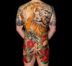 Japanese tiger backpiece / bodysuit tattoo, by Luca Ortis Full Body Tattoo, Life Tattoos, Body Art Tattoos, Sleeve Tattoos, Tattoo Ink, Tatoos, Traditional Tiger Tattoo, Traditional Japanese Tattoos, Japanese Tiger Tattoo