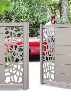 Portail Signature  Modèle TREBUCHET Décor Opus Steel Gate Design, Front Gate Design, Main Gate Design, House Gate Design, Door Gate Design, Fence Design, Compound Wall, Sliding Gate, Grades