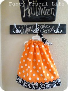 Fancy Frugal Life: Halloween Pillowcase Dress. This might finally push me to learn how to use a sewing machine. Too cute!