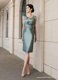 Silk Ruched Knee-Length Scoop Sleeveless Neckline Mother of The Bride Dress with Free Jacket