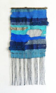 tapisserie B par ElodieMra sur Etsy #weaving #wovenwallhanging #tissage #tenturemurale #textiledesign #walldecor #etsy #handwoven