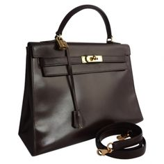 #Hermès Kelly 32 bag #brown #Vestiairecollective  http://fr.vestiairecollective.com/sac-hermes-kelly-32-marron-hermes.shtml