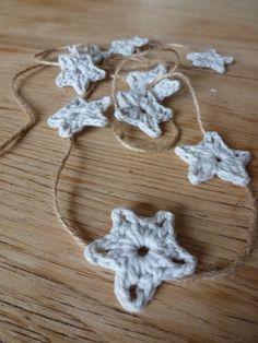 summerfete: itty bitty crochet star tutorial, so cute! Garland Love.. thanks so xox