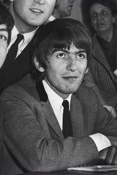 That unibrow though Original Beatles, The Beatles, Richard Starkey, All My Loving, Beatles Photos, The Fab Four, Ringo Starr, George Harrison, Lady And Gentlemen