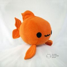 Plush Goldfish Plushie Sewing Tutorial - Fish Pattern PDF DIY from Plush Pattern. Plush Goldfish Plushie Sewing Tutorial – Fish Pattern PDF DIY from Plush Pattern Shop. Sewing Stuffed Animals, Cute Stuffed Animals, Stuffed Animal Patterns, Sewing Toys, Sewing Crafts, Sewing Projects, Softies, Plushies, Diy Plushie