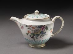 Teapot and cover | Derby Porcelain factory | V&A Search the Collections