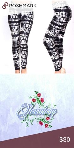 🎉COMING SOON🎉 💖Leggings Print Black Tie Dye💖 -One size fits most -92% polyester, 8% spandex -Super soft texture, peachskin -Full coverage Amazing leggings that are so comfortable and cute to wear anywhere.😊 Brand new! Bundle 2+ items in my closet and save 10% Boutique Pants Leggings
