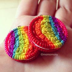 Rainbow oreo cookies in polymer clay :)