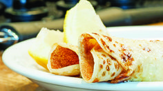 Get your flip on with our easy Lemon and Sugar Pancakes recipe. Fun for all the family, it's up to you how sweet or tangy you decide to go. Lemon Pancakes, Tasty Pancakes, Pumpkin Cream Cheese Muffins, Pumpkin Cream Cheeses, Sweet Pancake Recipe, Pancake Day, Breakfast For Kids, Breakfast Bites, Cooking On A Budget
