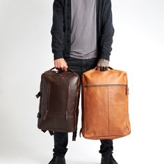 For the ones that need that extra space but still want to keep it fashionable and functional. The Banteng bag by Capra Leather. Rucksack Backpack, Laptop Backpack, Messenger Bag, Luggage Straps, Leather Backpacks, Slim Wallet, Glasses Case, Satchel, Space