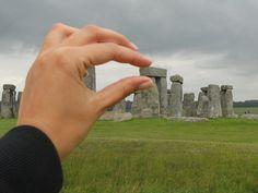 """""""Tetris neolitico"""" della turistapercaso Sarux a Stonehenge (England) #LOL #buongiorno :)"""