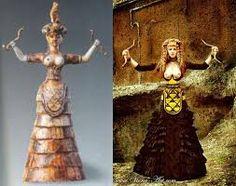 Diosa serpiente del siglo XVII constituye un ejemplo muy antiguo del característico  vestido monoico ,que incluye una falda de volantes acampanada