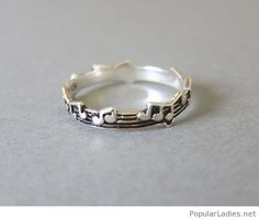 simpele-but-very-nice-music-ring-design
