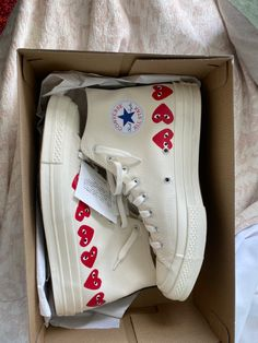 Dr Shoes, Swag Shoes, Hype Shoes, Me Too Shoes, Jordan Shoes Girls, Girls Shoes, Cute Sneakers, Shoes Sneakers, Mode Converse